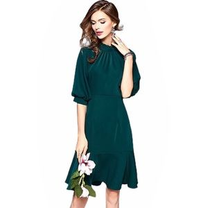 Metisu boutique emerald green midi dress NWT 8